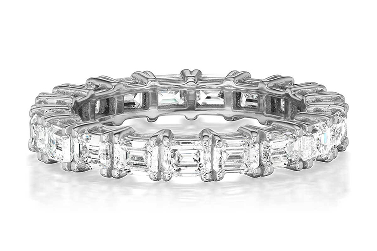 Greenwich Street Jeweler's horizontal prong-set emerald cut diamonds in platinum 2.63 TCW diamonds