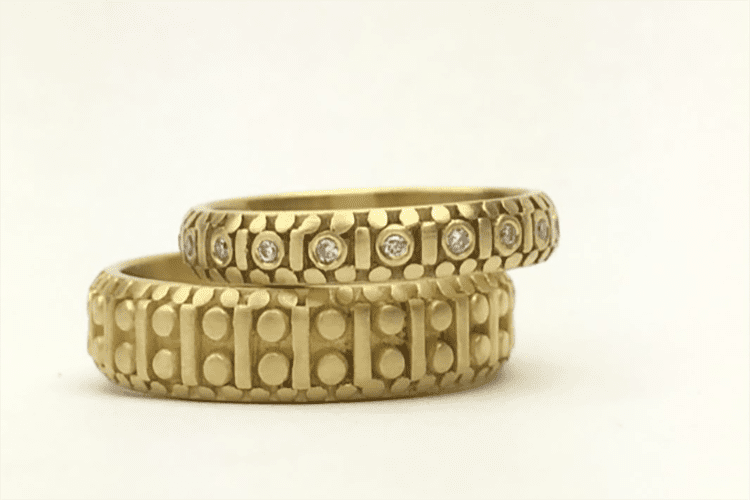Marian Maurer's 18K gold subtle pattern with diamonds set into the woman's band. (Photo courtesy of Marian Maurer)