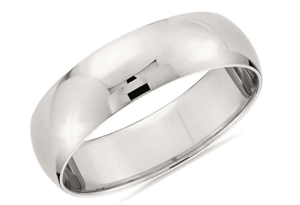 Classic wedding ring in platinum courtesy of Blue Nile