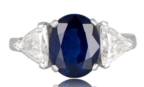 Estate DIamond jewelry oval Queensland Ring