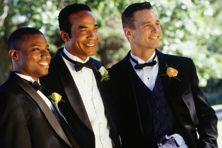 https://www.theplunge.com/wp-content/uploads/2017/04/Groom-with-groomsmen-at-74k.jpg