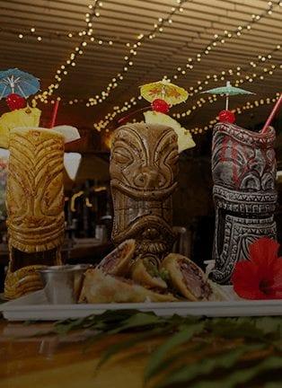 6 Awesome Bars In Oahu