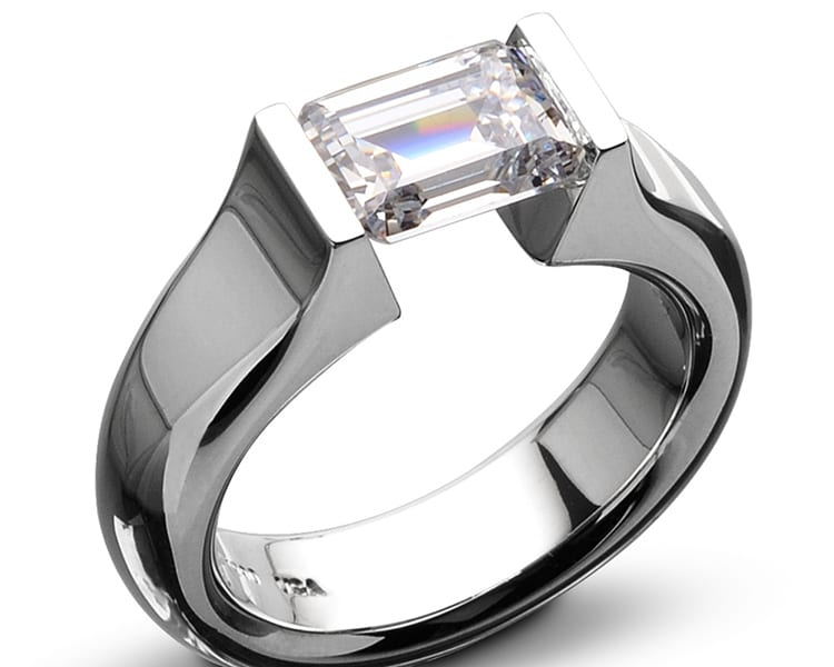Kretchmer 18 karat softened hard omega hard tension set ring. Photo courtesy of TQ Diamonds.