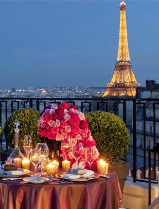 ROMANTIC PARIS SUITES