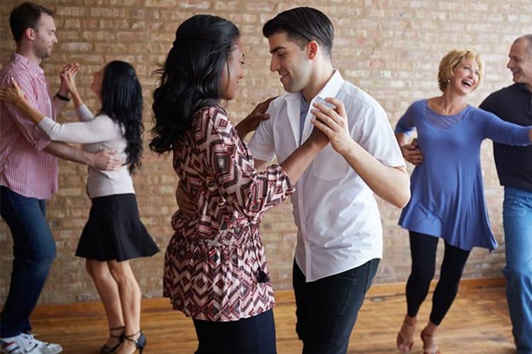 Arubasalsa Salsa couples class