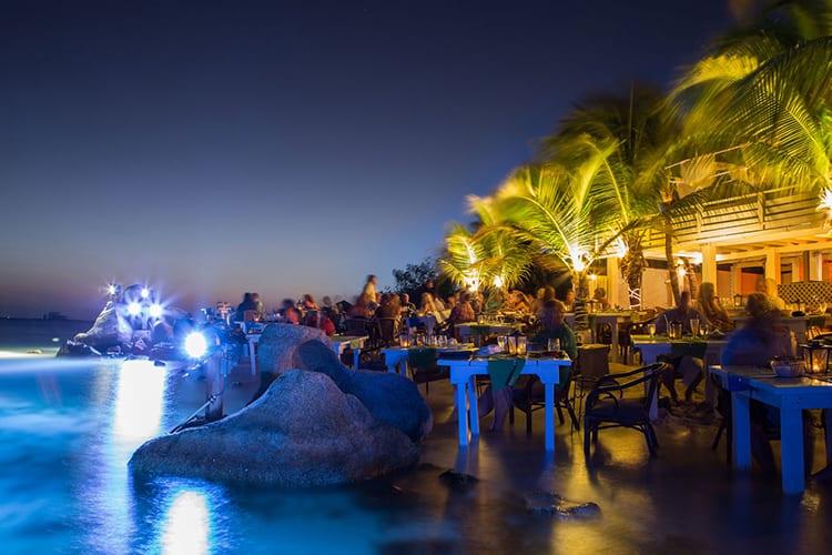 Flying Fishbone Aruba Restaurant