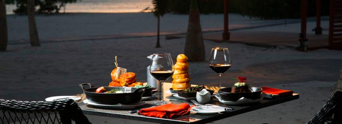 Most Romantic Restaurants For Your Aruba Honeymoon