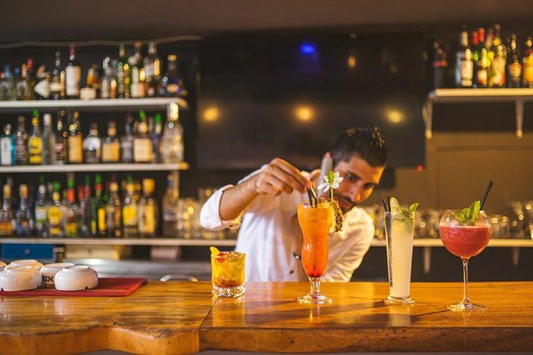 The Lucky House Bora Bora Late Night bar