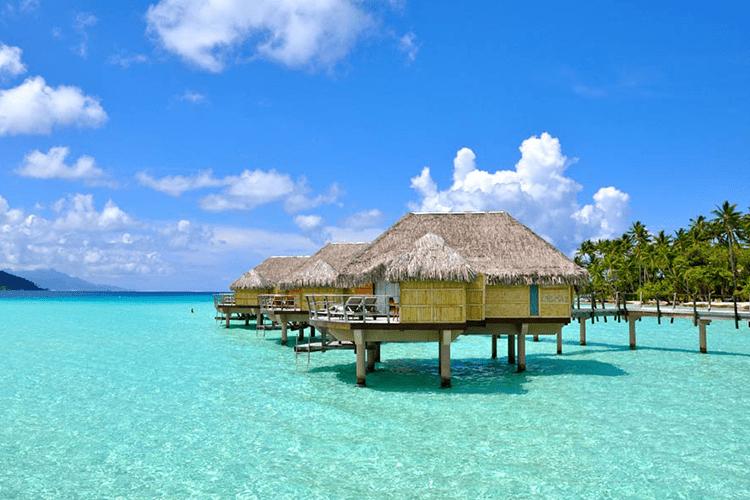 Le Taha'a Bora Bora Overwater Bungalow