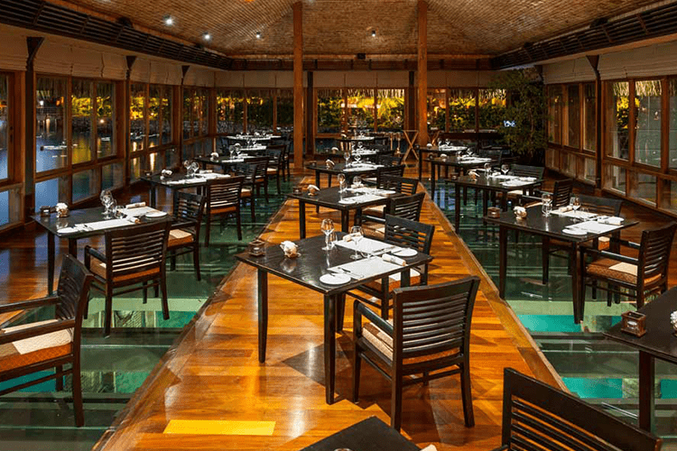 Lagoon At St Regis Bora Restaurant