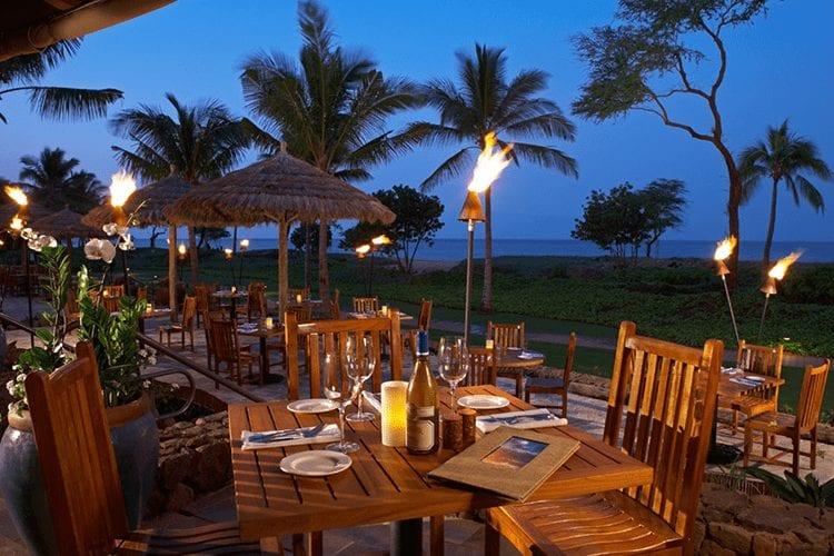 Beach Bars In Hawaii