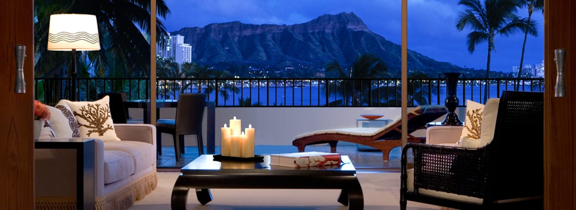 The 5 best honeymoon suites in oahu for Honeymoon suites in ohio