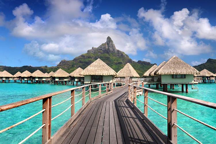 Le Meridien Tahiti honeymoon resort
