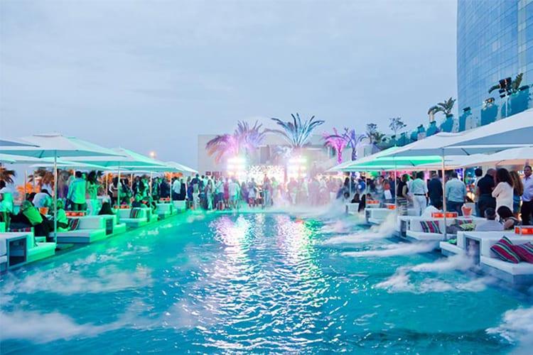 W Las Vegas Party Resort
