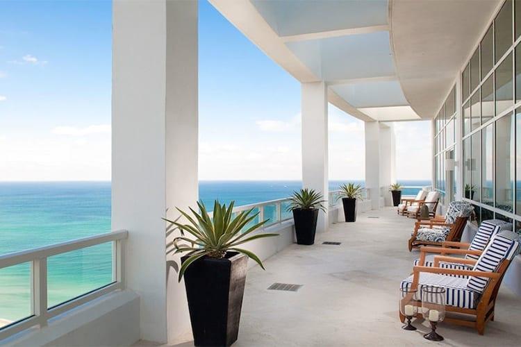 Fontainebleu Miami Suite