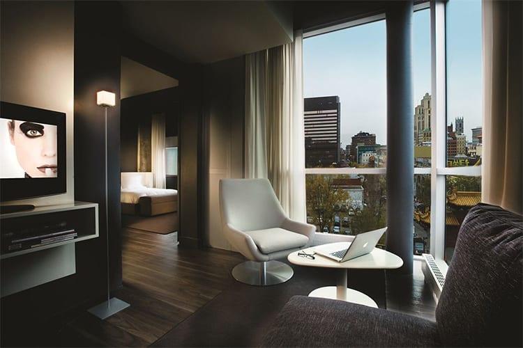 Living Zero One Montreal Hotel Suite