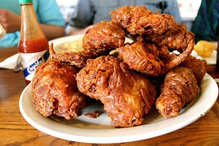 Willie Mae's Friend Chicken New Orleans Affordable Restaurant