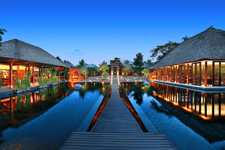 Utimate Bali Honeymoon Guide The Plunge