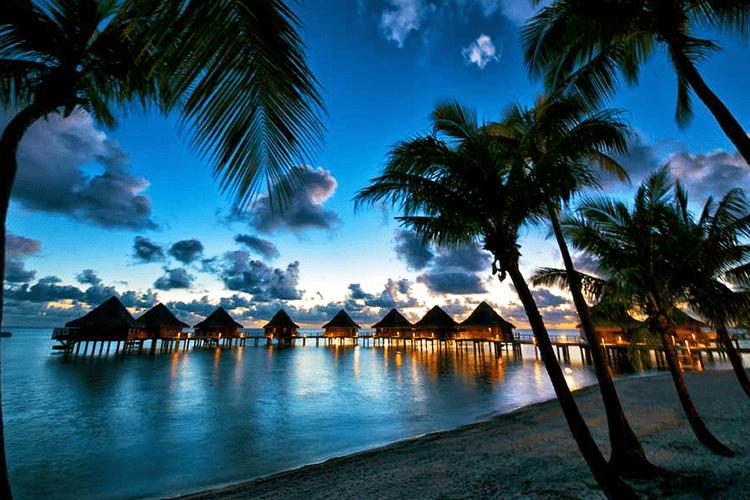 Ultimate Tahiti and Bora Bora Honeymoon Guide