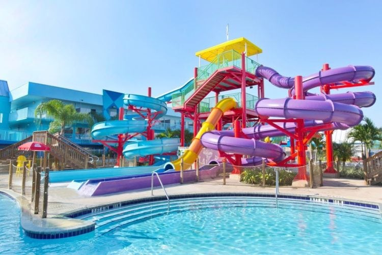 Orlando - Flamingo Resort with view of colorful waterslides