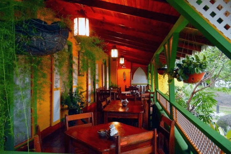 Best Honeymoon Restaurants in Costa RIca - Maxi's by RIcky restaurant porch view
