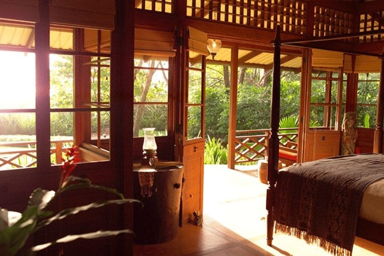 Romantic Honeymoon Resorts in Costa Rica - Latitude 10 resort