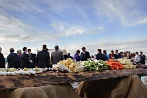 How Much Does Wedding Catering Cost?