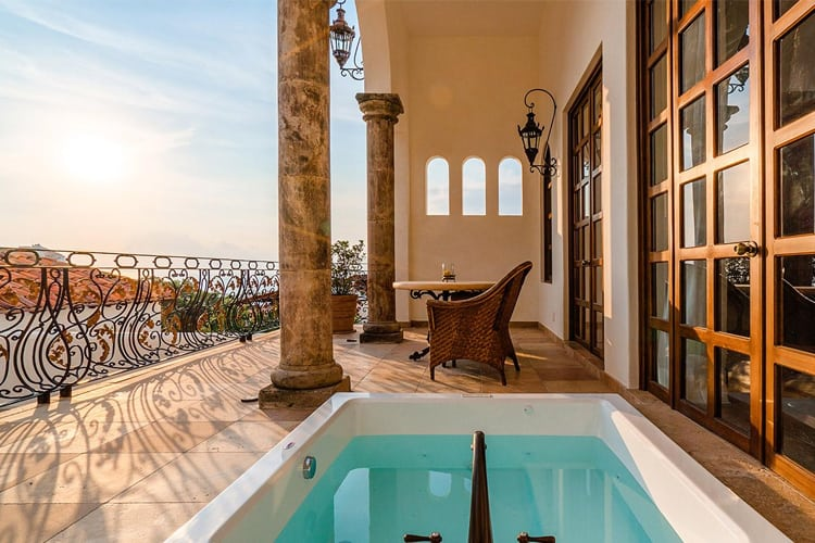 Mexico Honeymoon Guide - Puerto Vallarta Hotel Suite with private pool