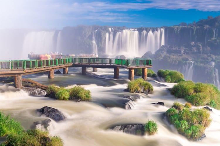 A view of Iguazo falls