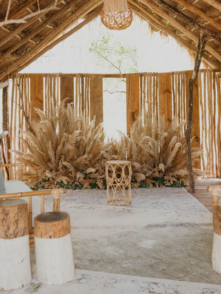 Garden outdoor wedding theme decor reception