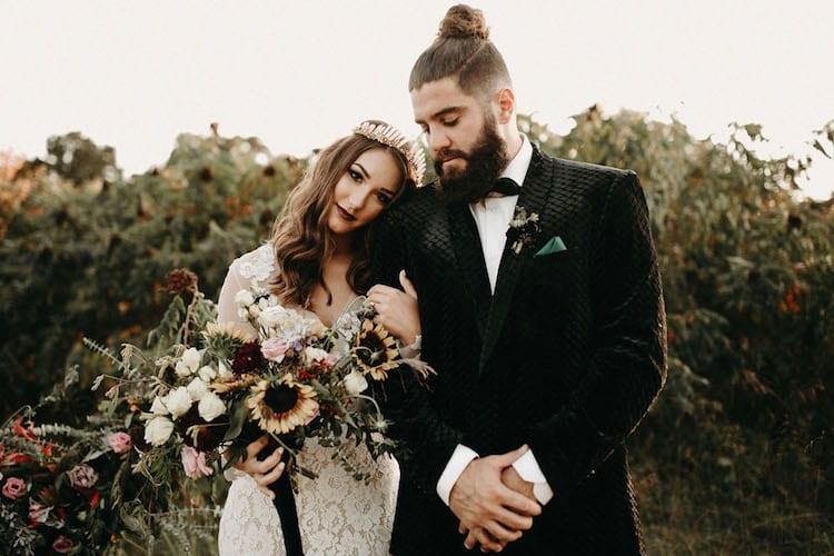 wedding photos outdoors